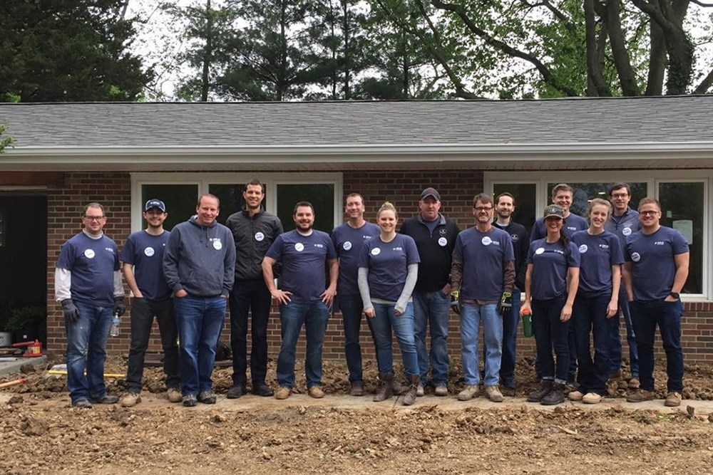 The St. Louis and Kansas City offices gave back to the community on Opus' 6th Annual Founder's Day.