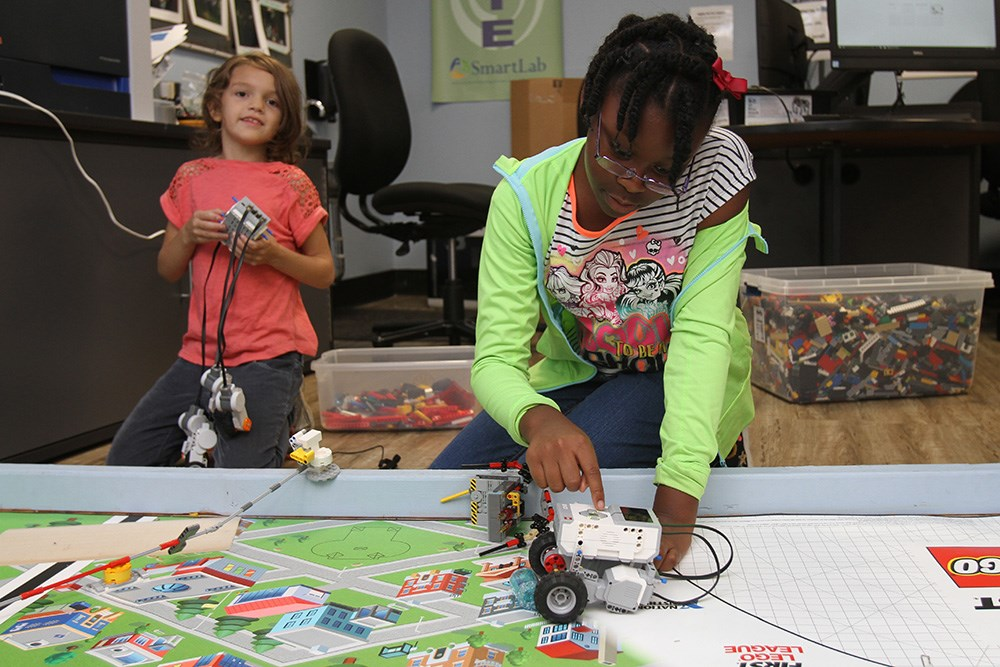 Building on a long relationship, the Foundation has now funded an expansion for the Kansas City nonprofit's STEM and MakerSpace programs.
