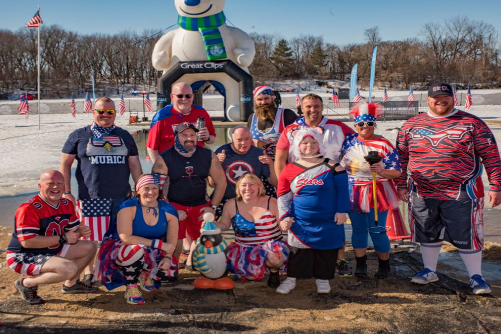 Stars Polar Plunge Group Picture