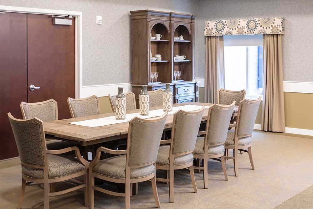 clubroom of Orchards of Minnetonka senior living facility in Minnesota