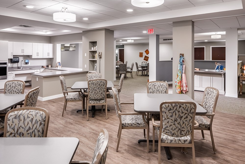 dining area of Orchards of Minnetonka senior living facility in Minnesota