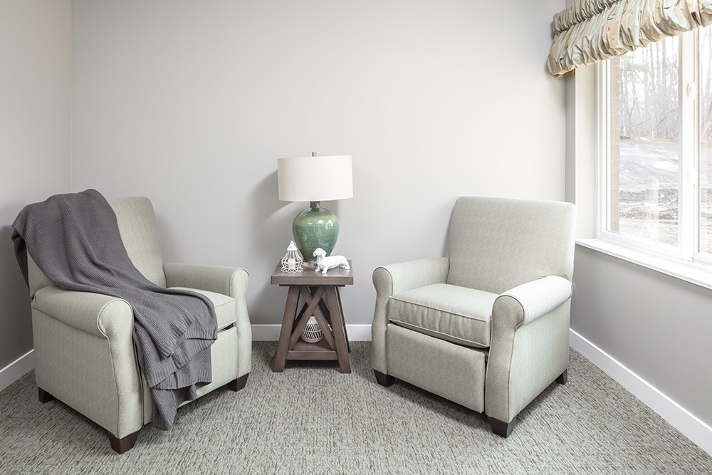apartment living room of Orchards of Minnetonka senior living facility in Minnesota