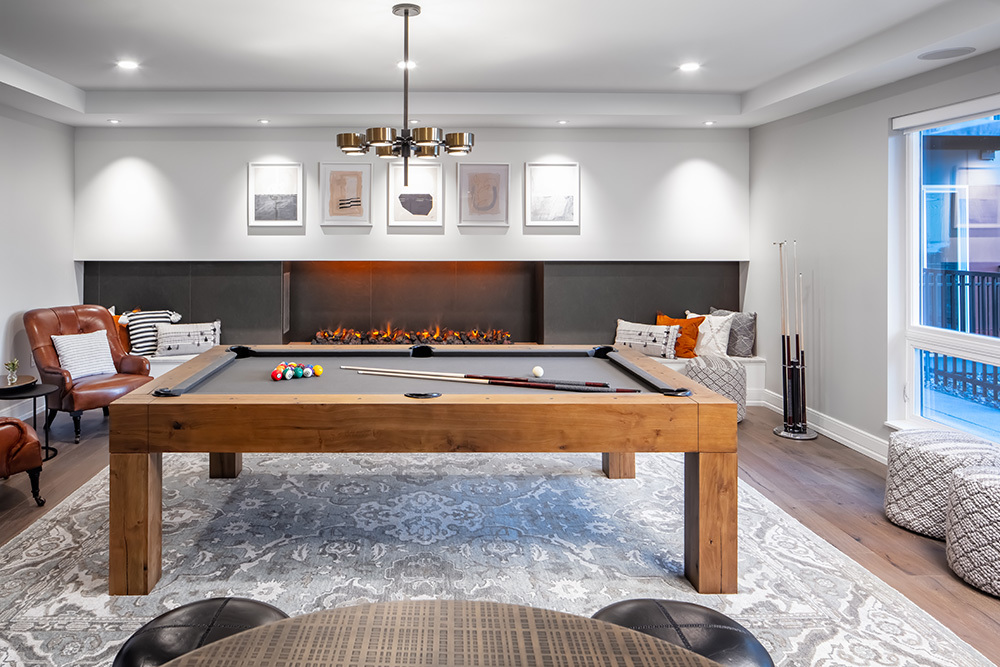 club room and game room of Ellison Luxury Apartments in Illinois