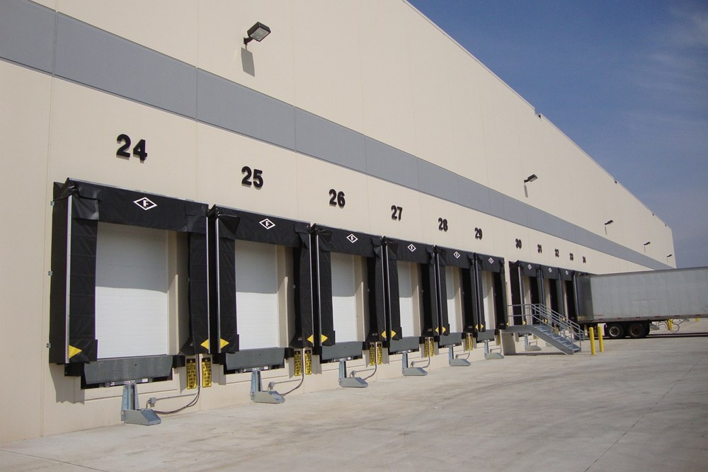 Hp warehouse distribution center construction the opus for Industrial distribution group