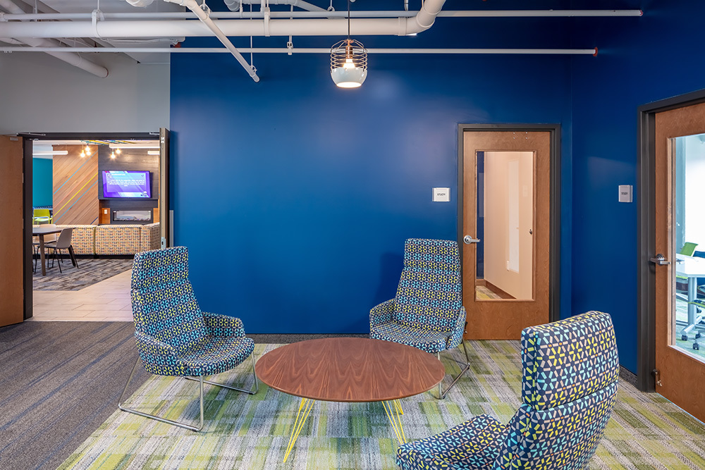 amenity study lounge of The Union on Lincoln Way Student Living