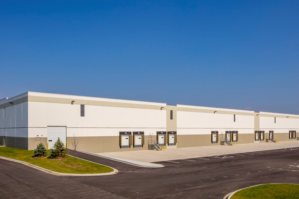 Suburban Chicago industrial warehouse development by Opus