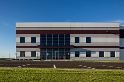 Spec industrial warehouse & distribution center in River Ridge Commerce Center