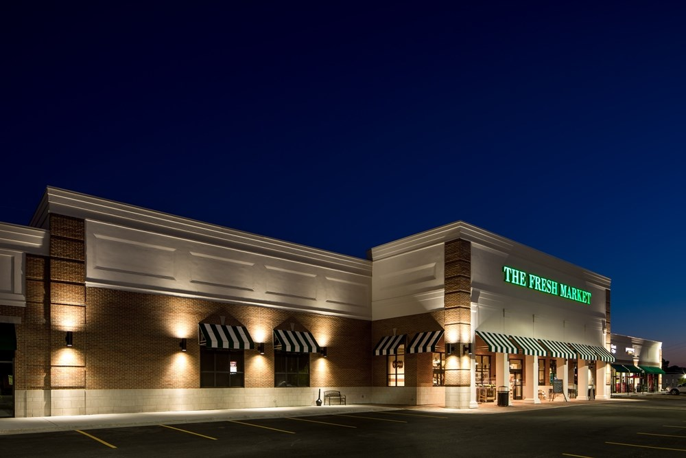 The Fresh Market retail center brings retail development to the Chicago suburbs.