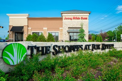 The Shoppes at Fox River, suburban retail construction, retail development