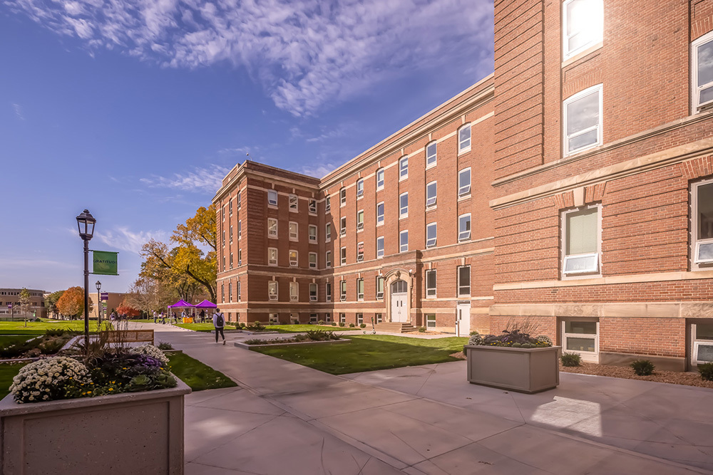 exterior University of St Thomas Tommie North Residence Hall